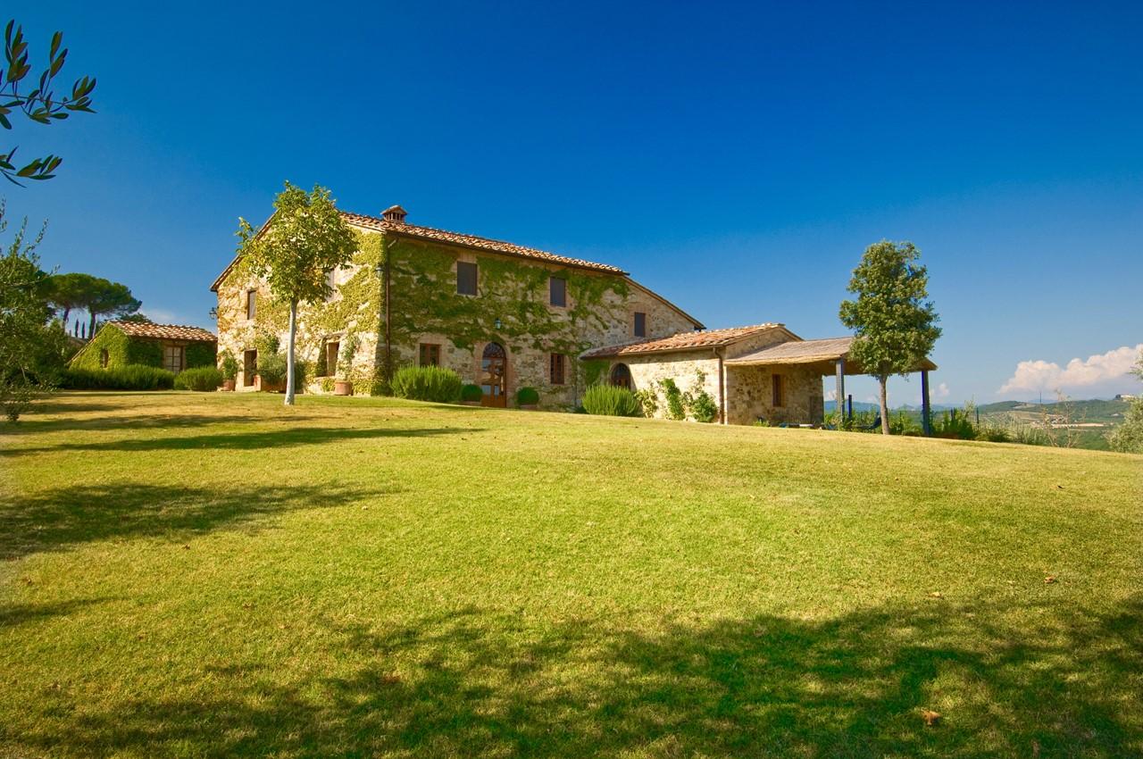 Casale Monticello in Tuscany