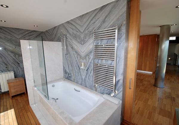 Luxurious en-suite in Holiday villa