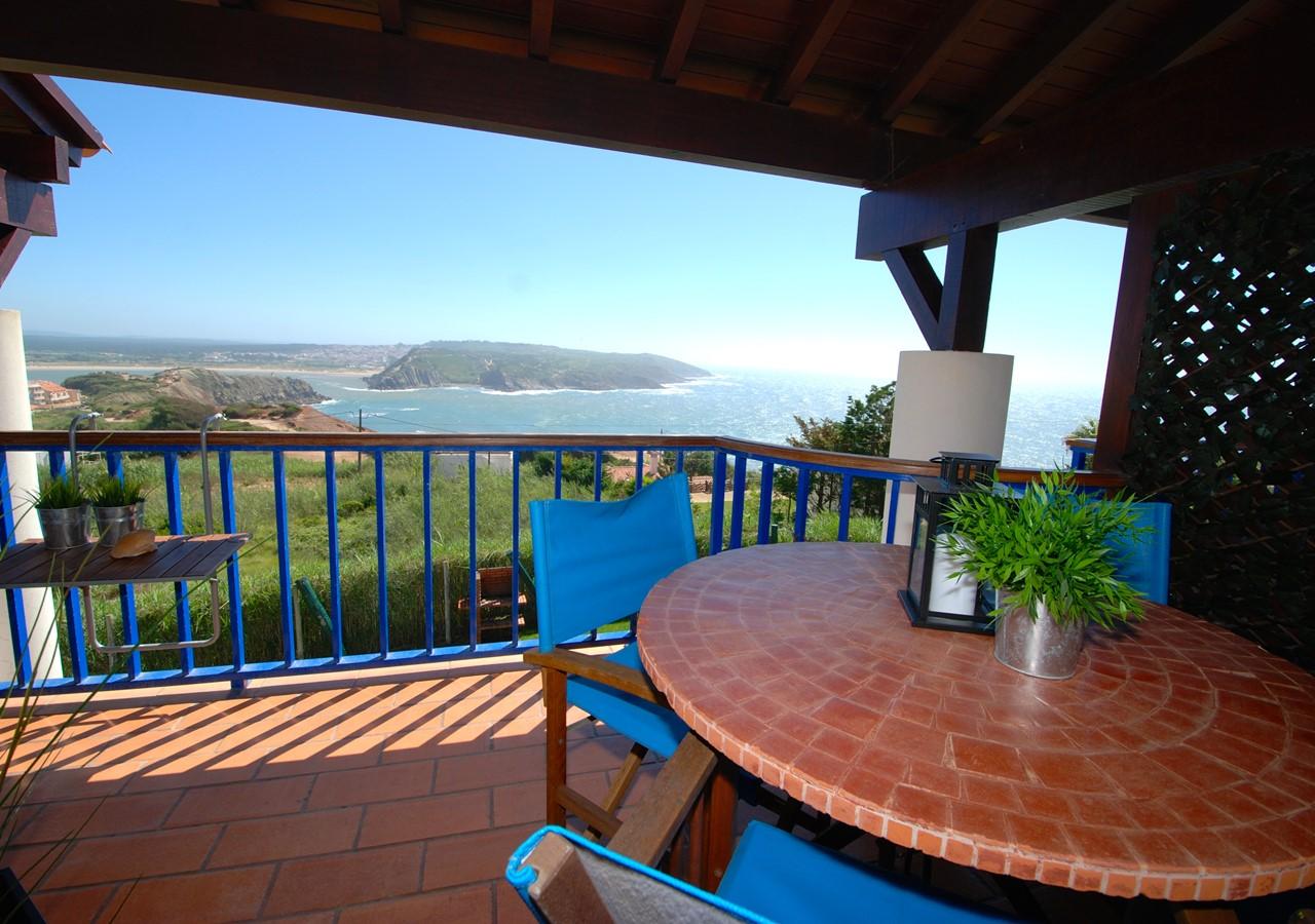 Dining area with view over São Martinho bay