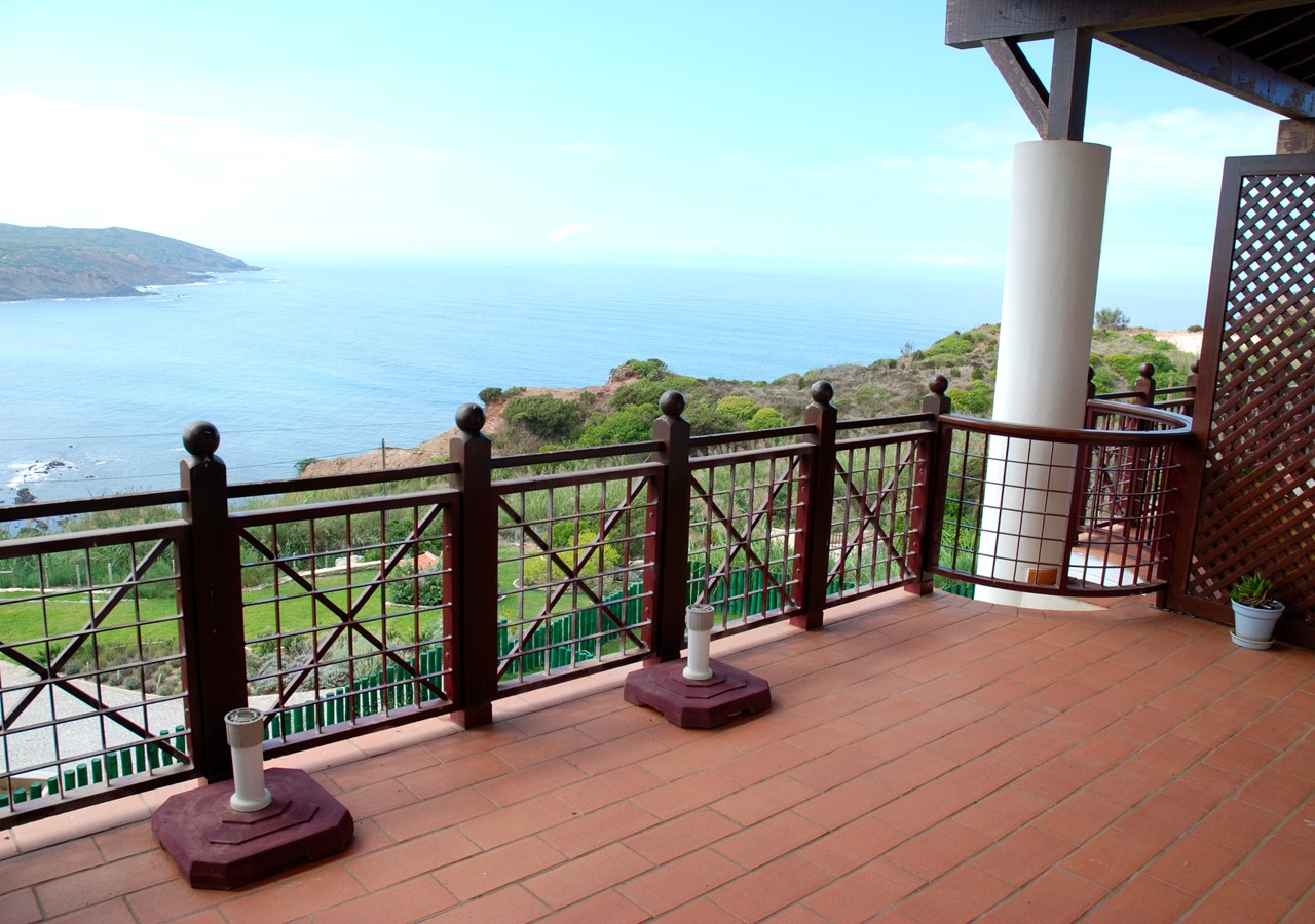 Private balcony with beautiful views over the sea