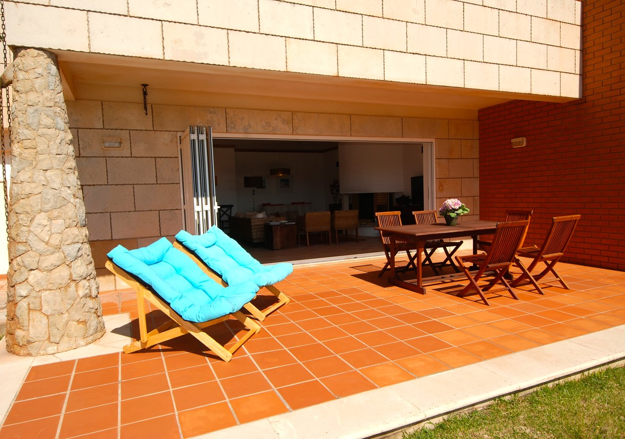 Private terrace with sun loungers
