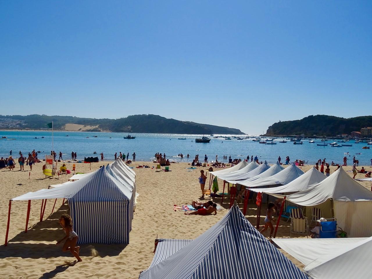 São Martinho beach cabins