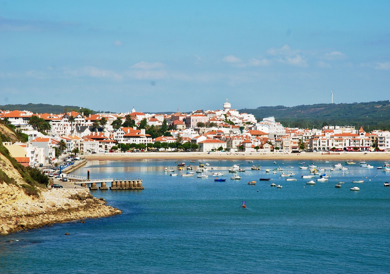 São Martinho do Porto bay, Portugal