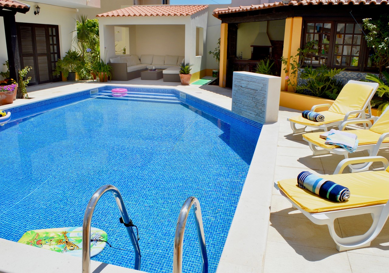 Private Pool In Fantastic Villa