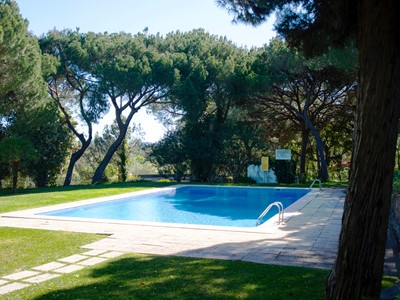 Aldeia Do Pinhal Retreat - Beautiful 3 Bedroom Townhouse with private garden and shared pool