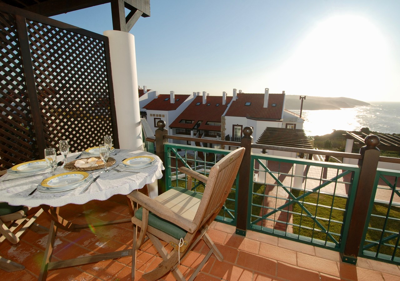 Large balcony with view over the sea