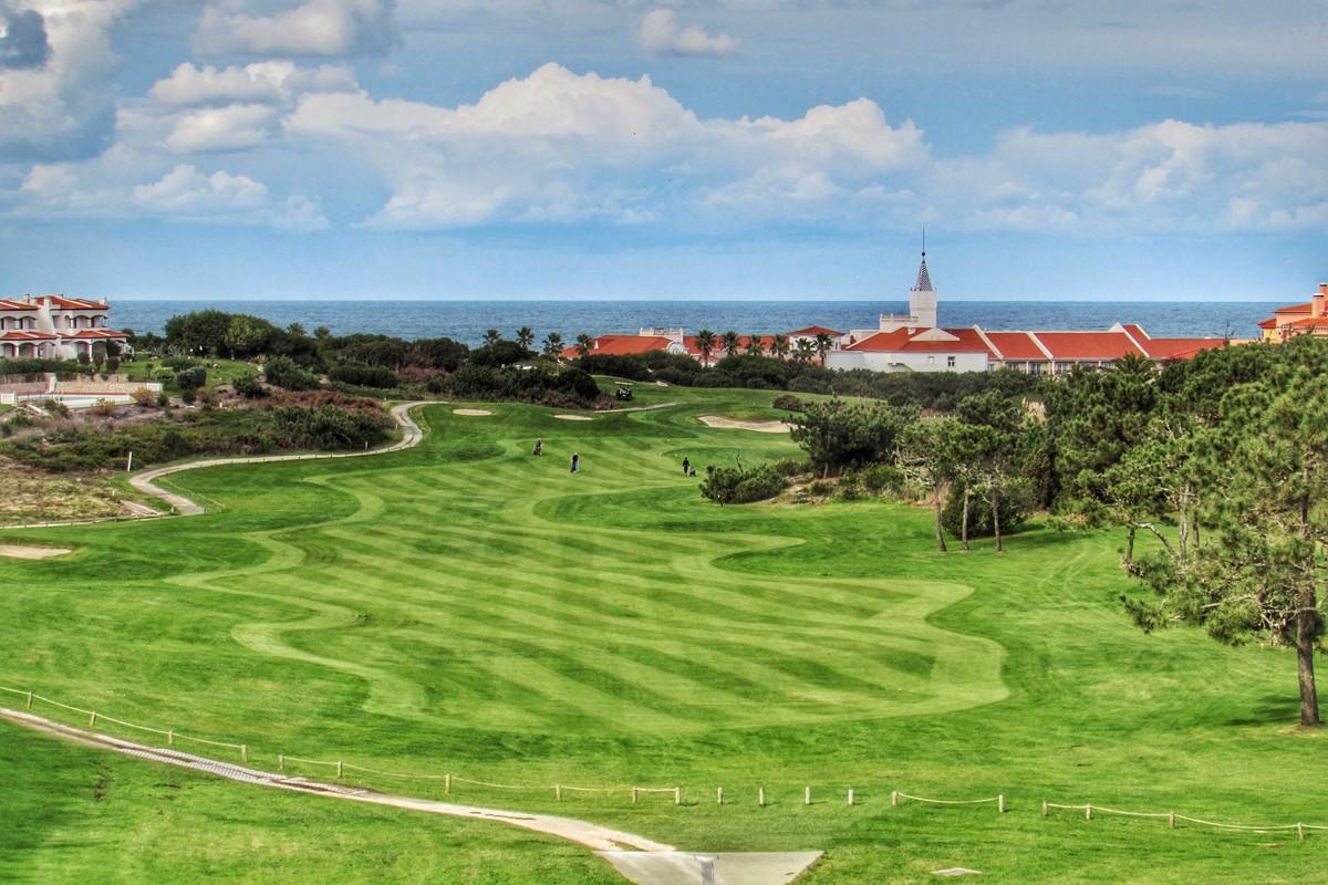 Famous Praia Del Rey Golf Resort