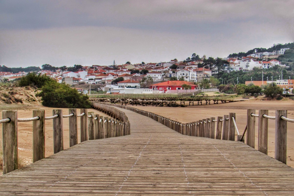 Stroll To Salir Do Porto