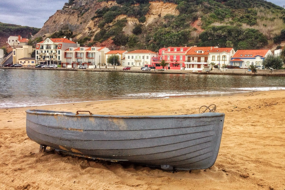 Beachfront Bars Line The Boardwalk In Sao Martinho Do Porto