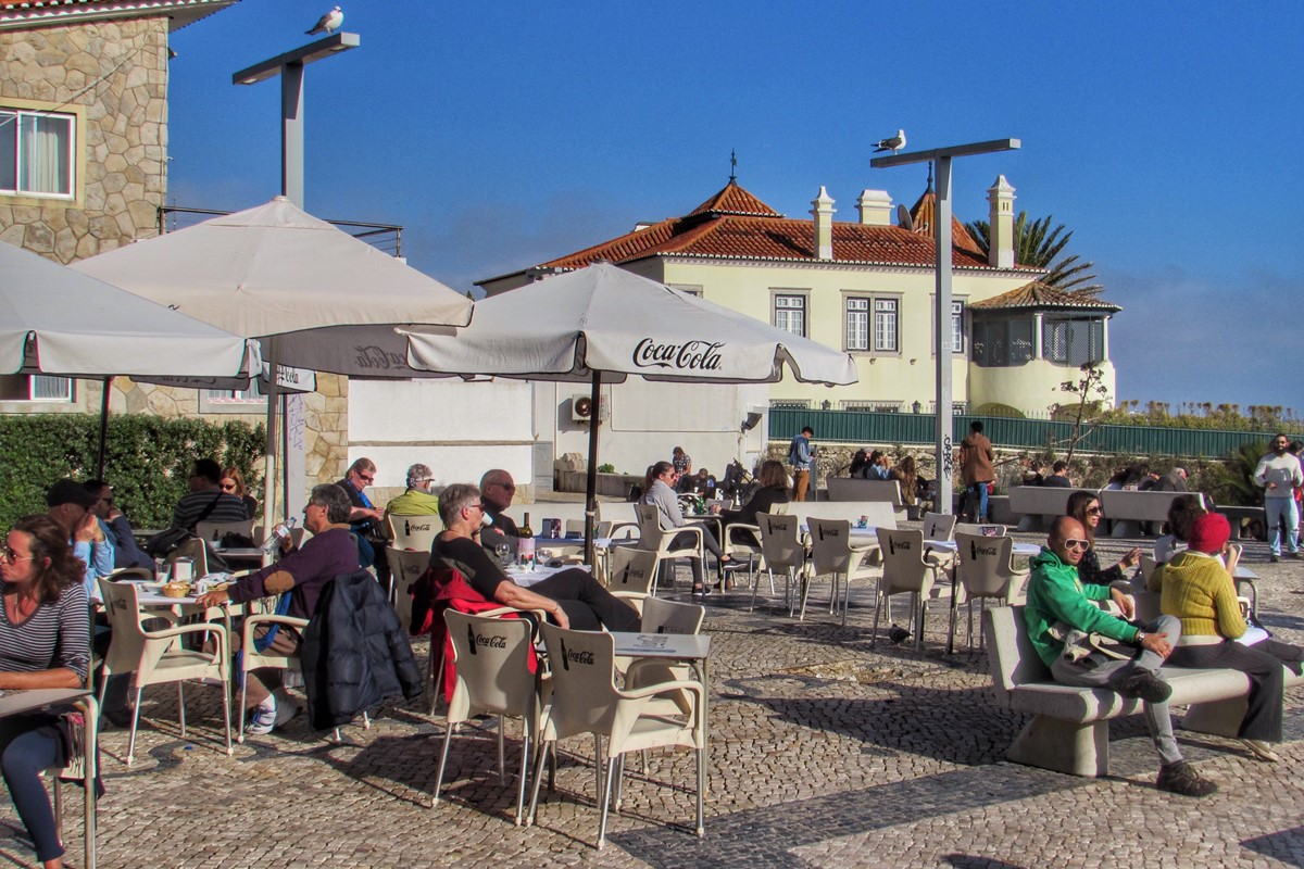 Have A Drink With A View Along The Promenade In Cascais
