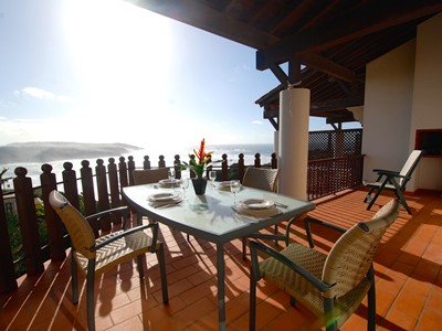 Beauty - Spectacular sea view apartment on popular São Martinho do Porto Resort