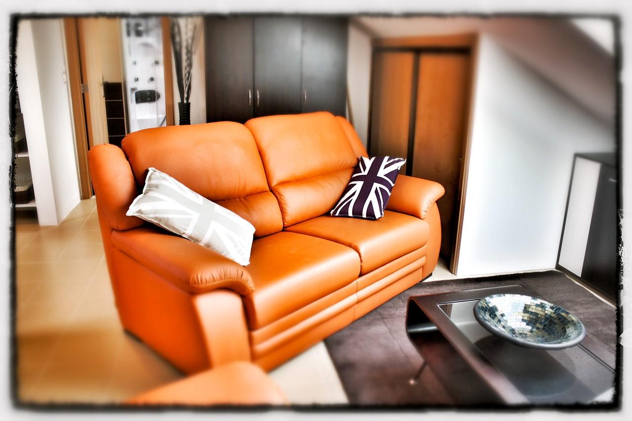 Comfortable Studio lounge2