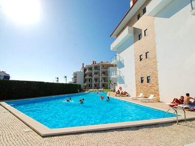 Vela - Superb 3 bedroom apartment within popular Sao Martinho Do Porto holiday complex