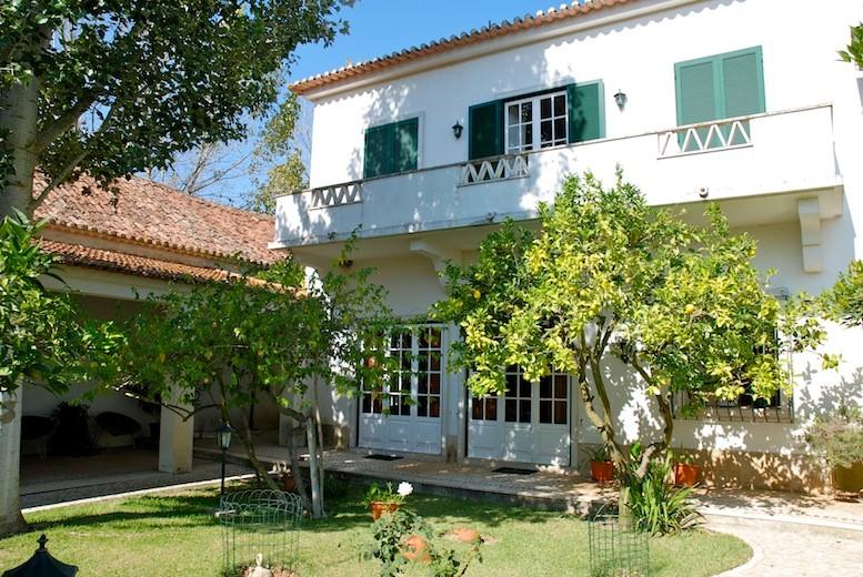 Front view of Quinta da Barreira