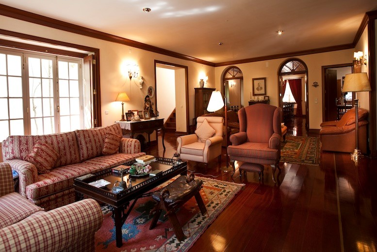 Comfortable and well decorated lounge