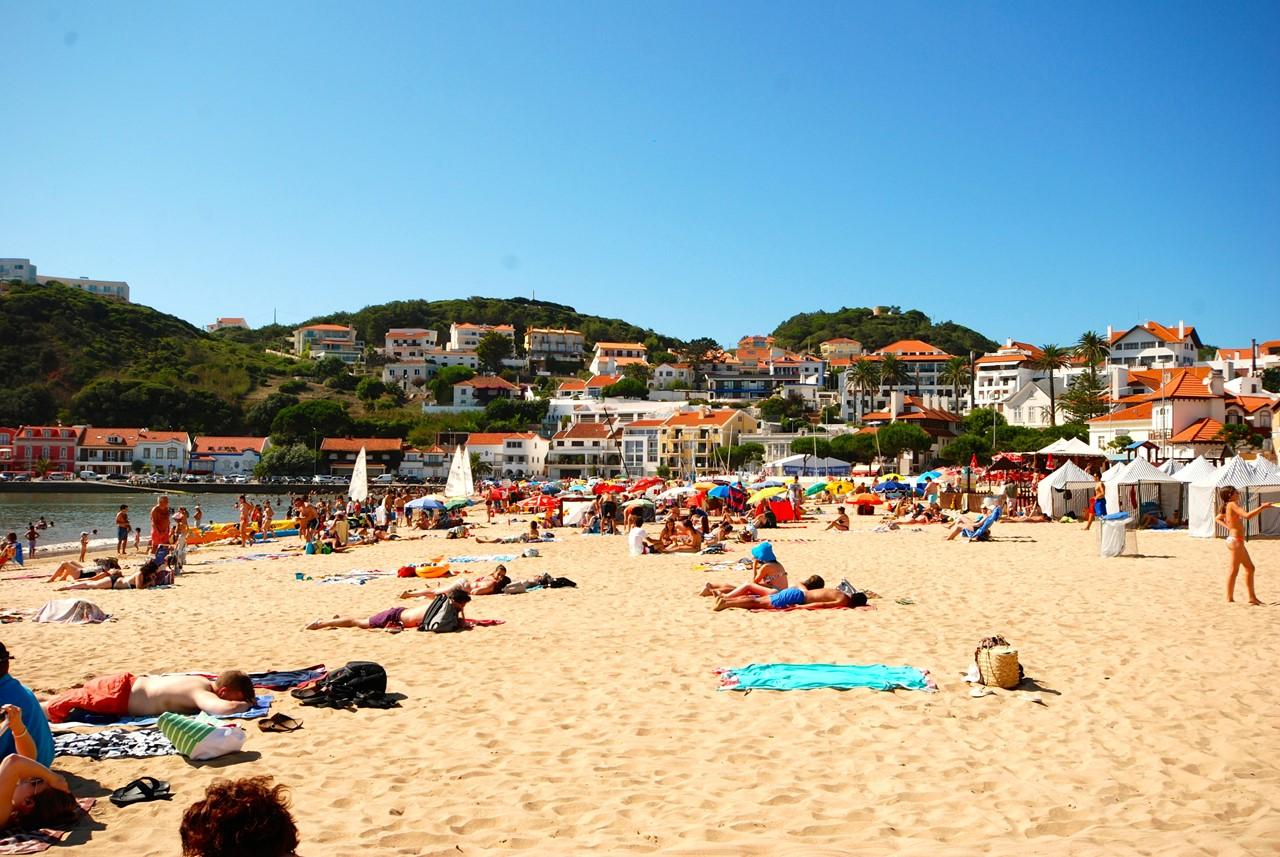 São Martinho do Porto beach