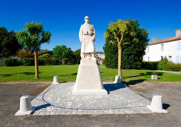 Memorial In Curzon