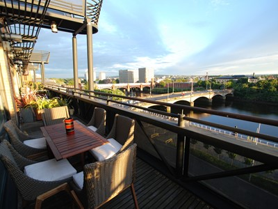Orchid - Executive Standard Penthouse Duplex in Glasgow City Centre, Incredible Waterside Views